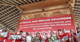 Asuransi Sinar Mas Serahkan Asuransi Mikro dan Celengan Impian ke 6.705 Pegiat UMKM di Magelang
