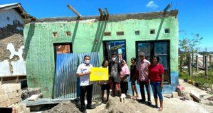 BTN Salurkan Bantuan ke Korban Badai Siklon Seroja di Kupang